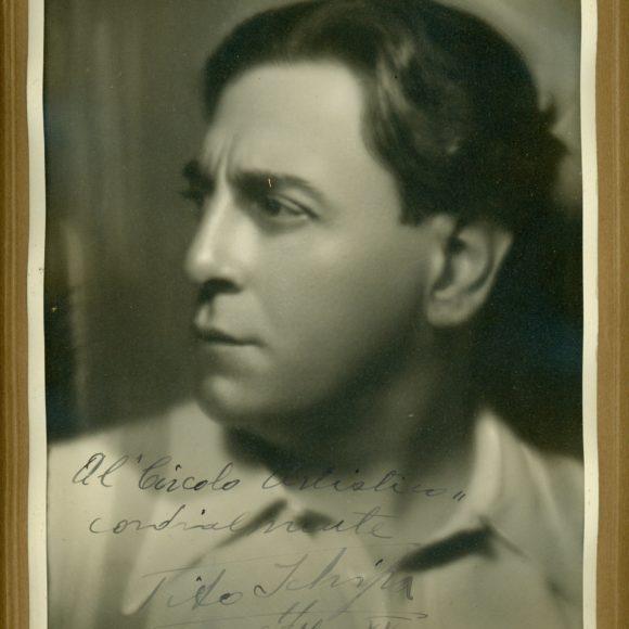 Tito Schipa, Cantante lirico e attore teatrale – 1937
